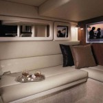 33-foot-SeaRay-Sundancer-comfort zone