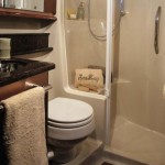 52-foot-Searay-Sedan-Bridge-bathroom furniture