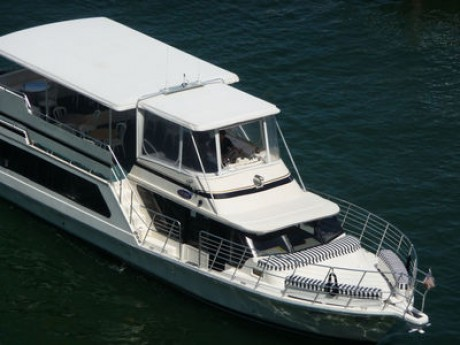 61- foot bluewater top view