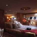 72-foot Sunseeker Manhattan bedroom